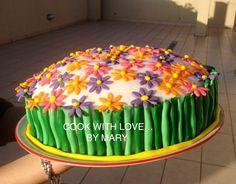 Torta arcobaleno con sorpresa #torta #cakedesign