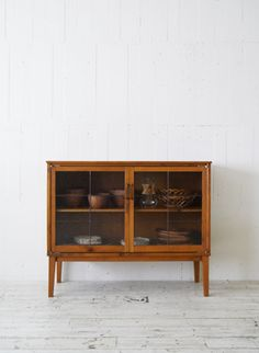 TRUCK|GATTO GLASS CABINET