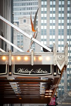 A Winter Wedding at New York's Waldorf=Astoria