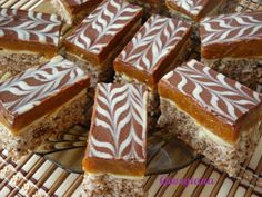 Just cooking! Romanian Desserts, Romanian Food, Pastry Cake, Just Cooking, Ice Cream Recipes, Holiday Baking, No Bake Desserts, Chocolate Recipes, Cake Recipes