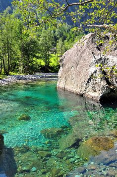 Emerald waters in Val di Mello, in province of Sondrio, Lombardy, Italy (http://www.italiaoutdoors.com/index.php/bouldering-guide-to-lombardy/857-val-di-mello-bouldering-site-italy)