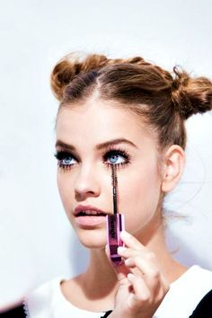 """This is exactly how I wear summer buns. Middle part, focus on the eyes and eyebrows (O.P. said """"Barbara Palvin"""")"""