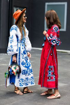 Marrakech inspired prints  | For more style inspiration visit 40plusstyle.com