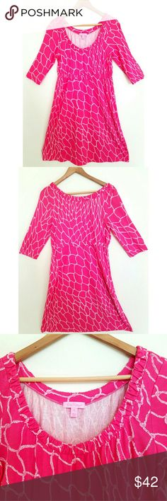 Lilly Pulitzer Printed Silk 3/4 Sleeve Dress, M Soft silk fabric, nautical rope in giraffe print, happy peach-pink color, round neck, gathered elastic waist, a-line bottom. Pre-owned. Excellent condition! Posh and cute for spring and summer.   Measurements (item laid flat): Shoulder Breadth 15.5 in, Bust 19 in (armpit to armpit), Waist 15 in (unstretched), 19 in (stretched), Hip 24 in, Length 37 in (shoulder to hem), Sleeve length 16 in, Arm width 8.5 in.  Check out my other items! Let's…