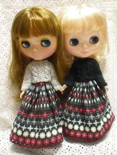 ブライス用アウトフィットセット☆ケーブル編みニット・スカートの2点になります。(グレー・ブラックからご選択ください。)|ハンドメイド、手作り、手仕事品の通販・販売・購入ならCreema。