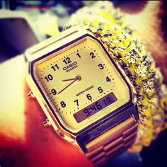 A watch I desperately WANT.  >Vintage Gold Casio