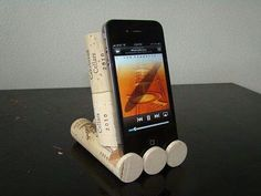 Support téléphone en bouchons... ...