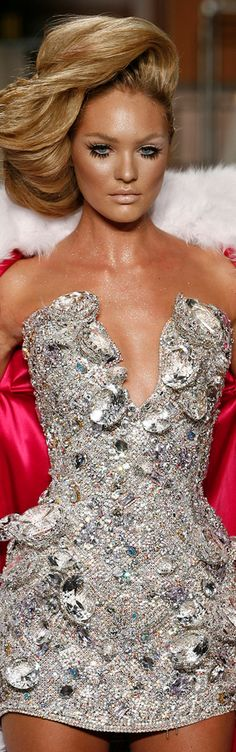 sparkling by msouggia Fashion Moda, Runway Fashion, High Fashion, Bling Bling, Blond, Color Plata, Glamour, Catwalk, Cool Outfits