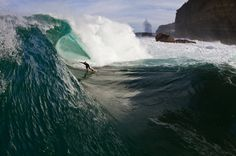 Walls of water Wall Of Water, Water Signs, Beach Bunny, Surfs Up, Great Pictures, Surfing, Scenery, Waves, Sea