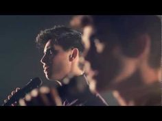 So Sick (Neyo) - Sam Tsui, Max Schneider, and Kurt Schneider Cover Great Work on this not easy piece of music! Just another way to love this tune? Nice film work too. Max Schneider, Sam Tsui, Cover Songs, Music Covers, Demons Imagine Dragons, Shane Harper, Never Been Loved, Youtube Original, Acoustic Covers