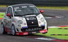 #Abarth Fiat 500c, Fiat Abarth, Sports Car Racing, Race Cars, Nascar, New Fiat, Fiat Uno, Fiat Cars, Karting