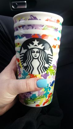 LOVE these summer Starbucks cups!! They match my nails too 🙂😍