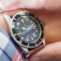 Getting over the hump with this vintage Rolex submariner.