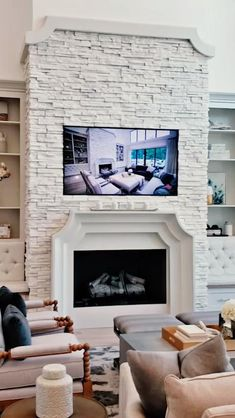 Fireplace Built Ins, White Fireplace, Fireplace Remodel, Modern Fireplace, Living Room With Fireplace, Fireplace Surrounds, Fireplace Mantel, Fireplace With Stone, Fireplace In Kitchen