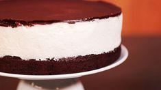 Také jste kdysi milovali dort Míša? Připomeňte situto lahodnou, milou akrásnou vzpomínku nadětství, spolu sDaškou Malou vjejím pořadu Sladká tečka naStream.cz