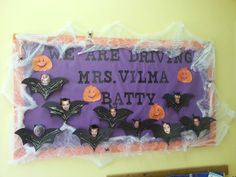 Halloween bulletin board...love this!! I think I found my new bulletin board..and it so fits!! They are driving me crazy!!