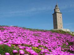 La Torre de Hércules vigila el Atlántico desde A Coruña
