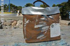 sac mini reverso en toile enduite peinte à la main mixage avec cuir agent. www.byfabregas.com