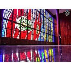 Te presentamos la selección especial: <<OBRAS DE ARTE: Vitral de Fernando Léger. Biblioteca Central de la Universidad Central de Venezuela>> en Caracas Entre Calles. ============================  F E L I C I D A D E S  >> @javyeslava << Visita su galeria ============================ SELECCIÓN @teresitacc TAG #CCS_EntreCalles ================ Team: @ginamoca @huguito @luisrhostos @mahenriquezm @teresitacc @marianaj19 @floriannabd ================ #obrasdearte #Caracas #Venezuela #Increibleccs…