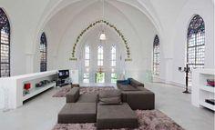 Trendy wonen in een kerk - Foto detail: Trendy-wonen-in-een-kerk. Lees meer op Logic-Immo.be!