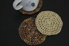 Raffia Coasters - Free Crochet Pattern   www.thestitchinmommy.com