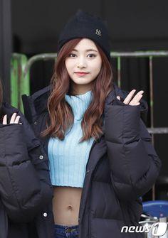 【フォト】同じダウンコートを着て・・・TWICEが日本に向けて出国<2>