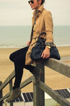 Grey suede ankle boots, skinny jeans, and a nice jacket = an effortless pulled together outfit!