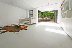 Seamless resin flooring for contemporary living