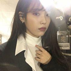 Image about kpop in IU 🌹 by love poem ♡ on We Heart It Aesthetic Japan, Aesthetic People, Girl Photo Poses, Girl Photos, Iu Twitter, Queen, Selfie, Ulzzang Girl, Korean Singer