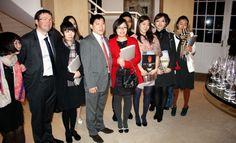 Des étudiants chinois étudient le vin à La Tour Blanche de Bommes.
