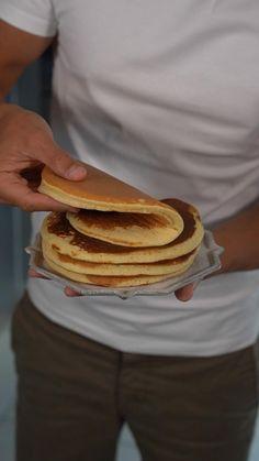 Greek Yogurt Pancakes, Tasty Pancakes, Cakes That Look Like Food, Love Food, Tasty Videos, Food Videos, Banana Protein Pancakes, Buzzfeed Tasty, Easy Chicken Dinner Recipes