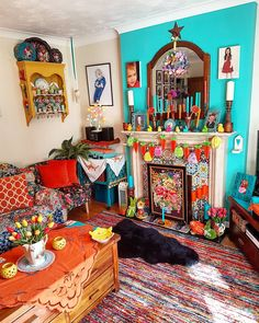 Bohemian House, Bohemian Decor, Living Room Decor Eclectic, Deco Retro, Tin Art, Blue Rooms, Room Interior Design, Paint Colours, Home Bedroom