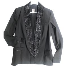 Pre-Owned Haute Hippie Black Silk Jacket Silk Jacket, Jackets For Women, Clothes For Women, Haute Hippie, Black Silk, Hippie Style, World Of Fashion, Luxury Branding, Blazer