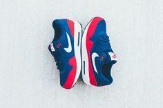 Nike Air Max 1 Essential ネイビー x レッドの新色が発売