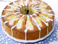 Guguluf cu piersici, afine si lamaie Tiramisu, Camembert Cheese, Muffins, Cheesecake, Cooking Recipes, Cupcakes, Sweets, Ethnic Recipes, Desserts