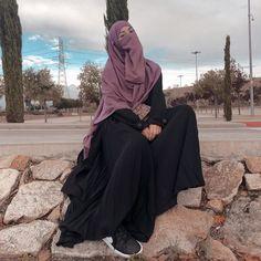 Niqab Fashion, Modest Fashion Hijab, Hijab Chic, Mode Abaya, Mode Hijab, Hijab Fashion Inspiration, Mode Inspiration, Islamic Girl Images, Hijabi Gowns