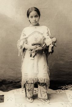 +~+~ Antique Photograph ~+~+  Native American Indian girl ~ Katie Roubideaux, Rosebud Sioux, (1890-1991)