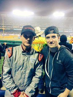 OMG YES. ROB AND LOGIE. I CANT.