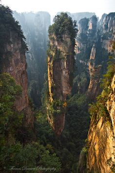 Zhangjiajie - For further information, a map, & photos: http://www.amazingplacesonearth.com/