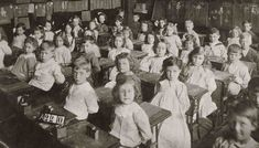 Education Victorian style: Class sizes might have been enormous and facilities were basic, but the results speak for themselves Old School House, School Days, Teaching Boys, Vintage School, Vintage Kids, Uk History, Exercise Book, Education For All, Old Pictures