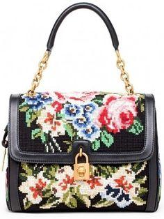 Dolce & Gabbana: le borse in pizzo e punto croce per l
