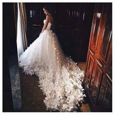 Wedding dress with flower endings