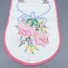 Crochet Pillowcase Basket Of Flowers Vintage Lady Pepperell Embroidered