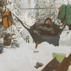 텐트가 없으면 캠핑이 아닐까요? 아모크는 해먹만으로 캠핑을 즐길 수 있도록 디자인되었습니다. expad와 함께하는 따뜻한 겨울캠핑은 물론 시원하고 편안한 여름캠핑까지 아모크는 생각했습니다. 가볍고 편안한 캠핑을 위한 아모크를 경험해보세요. http://www.magforcekorea.com #amok #amokequipment #hammock #expad #backpacking #camping #outdoor #아모크 #해먹 #엑스패드 #백팩킹 #캠핑 #아웃도어 #맥포스코리아