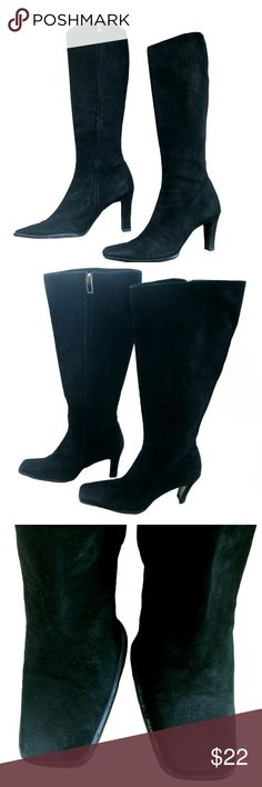 "Franco Feramosca Black Suede Knee High Boots ~ 6.5 Franco Feramosca Black Suede Knee High Boots ~ Size 6.5B  Fine suede Made in Italy  Inside zipper with silver pull Leather Sole Boot shaft 16"" Calf 13"" Slim angled block heel - 3""  ** Franco Feramosca is co founding partner of Cole Haan Franco Feramosca Shoes Heeled Boots"