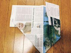 私のお気に入り。新聞紙で作るゴミ箱とマチありの袋 | かたづけとモノづきあい Envelopes, Diy And Crafts, Paper Crafts, Reuse Recycle, Country Decor, Finding Yourself, Tips, Eco Friendly, Kitchen Ideas