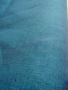 FAT QUARTER linen chambray fabric japanese LINNET Ruisseau green blue compliment to kimono silk or wool.  By-the-Metre available on Etsy, kr87,41