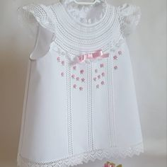 Baby Outfits, Little Girl Dresses, Kids Outfits, Girls Dresses, Frock Design, Baptism Dress, Christening Gowns, Baby Dress Patterns, Baby Couture