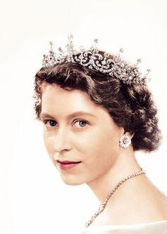 Favorite Portrait of Queen Elizabeth II Spam…