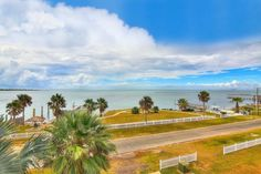 Waterfront Property For Sale, Waterfront Homes, Coastal Living, See Photo, Single Family, West Coast, Texas, Content, Detail